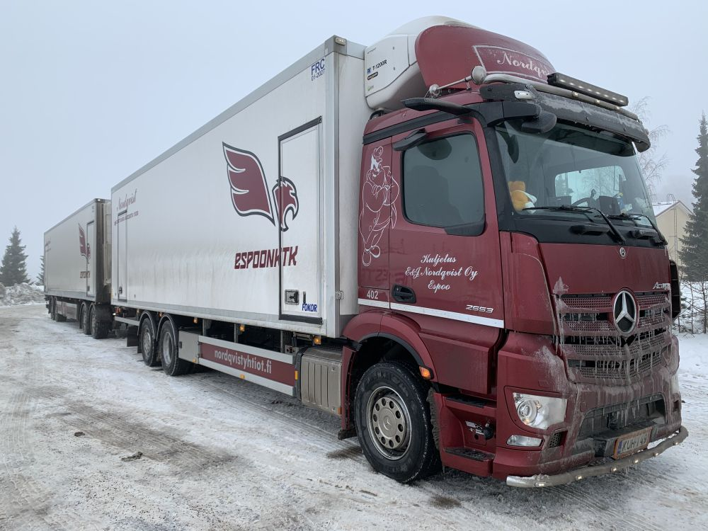 Nordqvist yhdistelmä, Mova autossa ja kärryssä